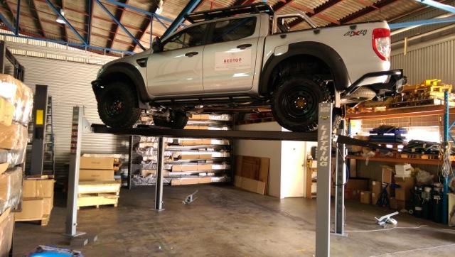 Lift King 9 Hoist 4WD Lifted