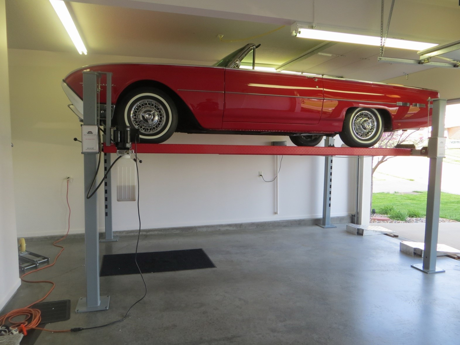 Lift King 9XL Portable 4.0T Parking Hoist Extra Long/Extra Wide Image 02